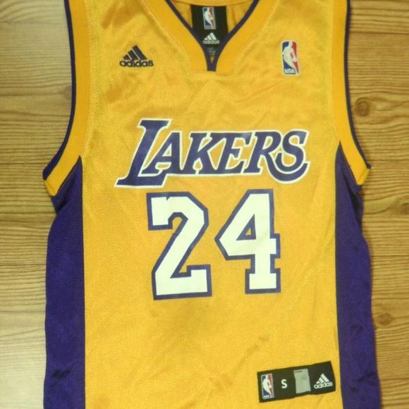 sports shoes 494e6 6d821 Adidas NBA LA Lakers Basketball Jersey Kobe Bryant